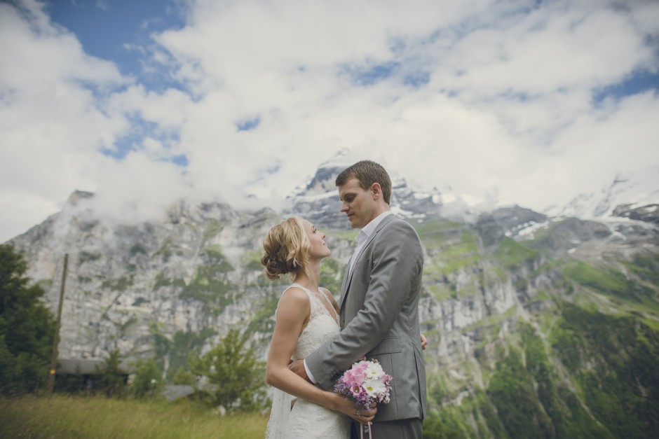 cover-wedding-hochzeit-matrimonio-gimmelwald-interlaken-katie-ryan-by-monica-tarocco-001-940x627