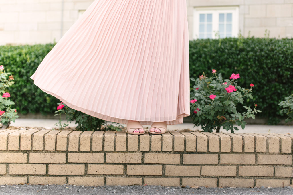 Blush Pink Pleated Maxi Skirt // How to Style a Maxi Skirt // Louella Reese Life & Style Blog