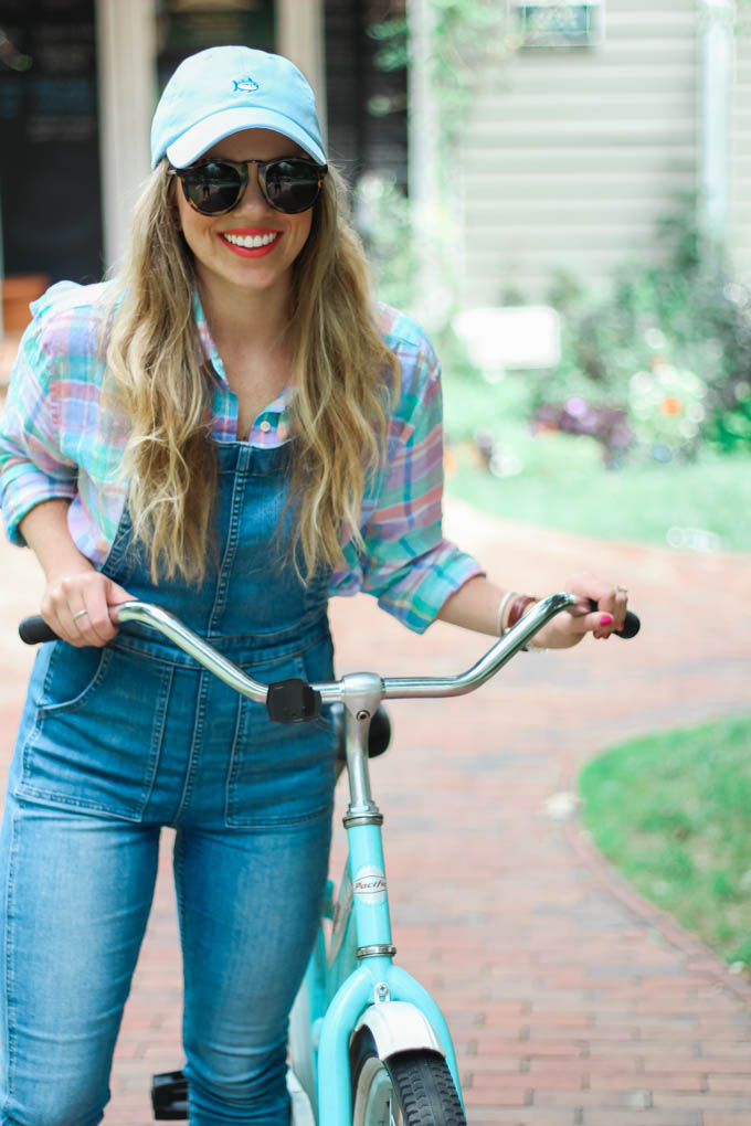 What to Wear for a Day Bike Riding // Cruiser Bike // Louella Reese Life & Style Blog