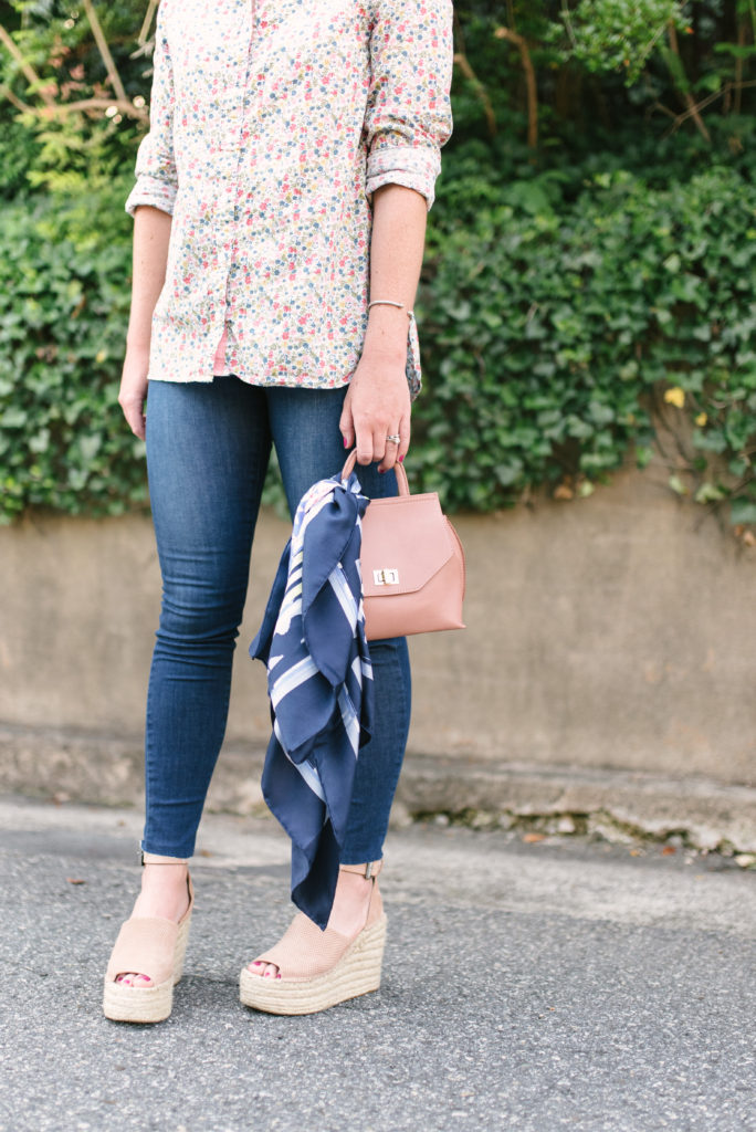 Floral Button Down Shirt // How to Transition Your Wardrobe From Summer to Fall // Louella Reese Life & Style Blog