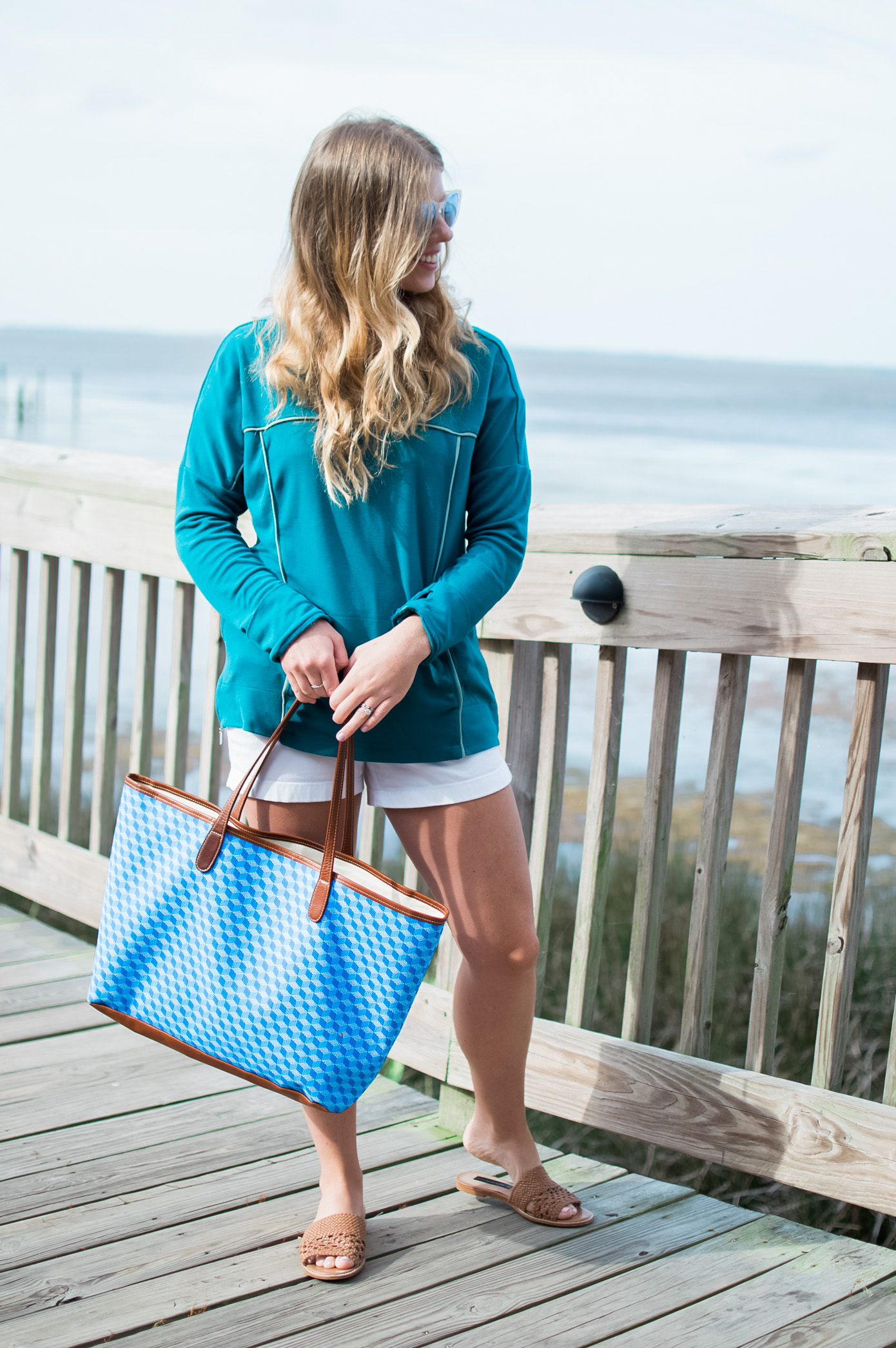 Where to Eat in The Outer Banks // NC Outer Banks Travel Guide // Louella Reese Life & Style Blog