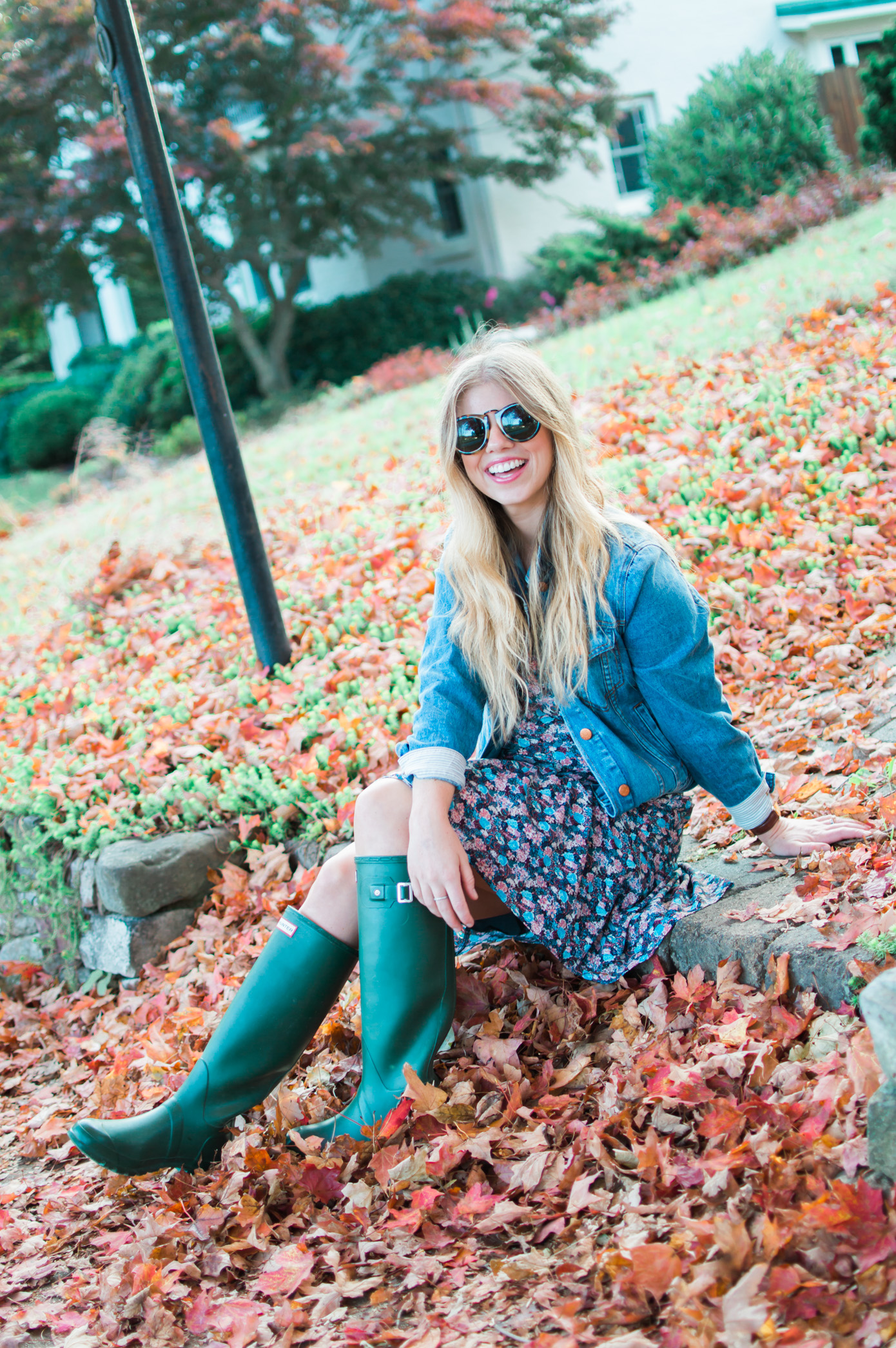 J.Crew Ruffle Hem Dress in Floral Paisley | How to Style Hunter Boots | Louella Reese Life & Style Blog