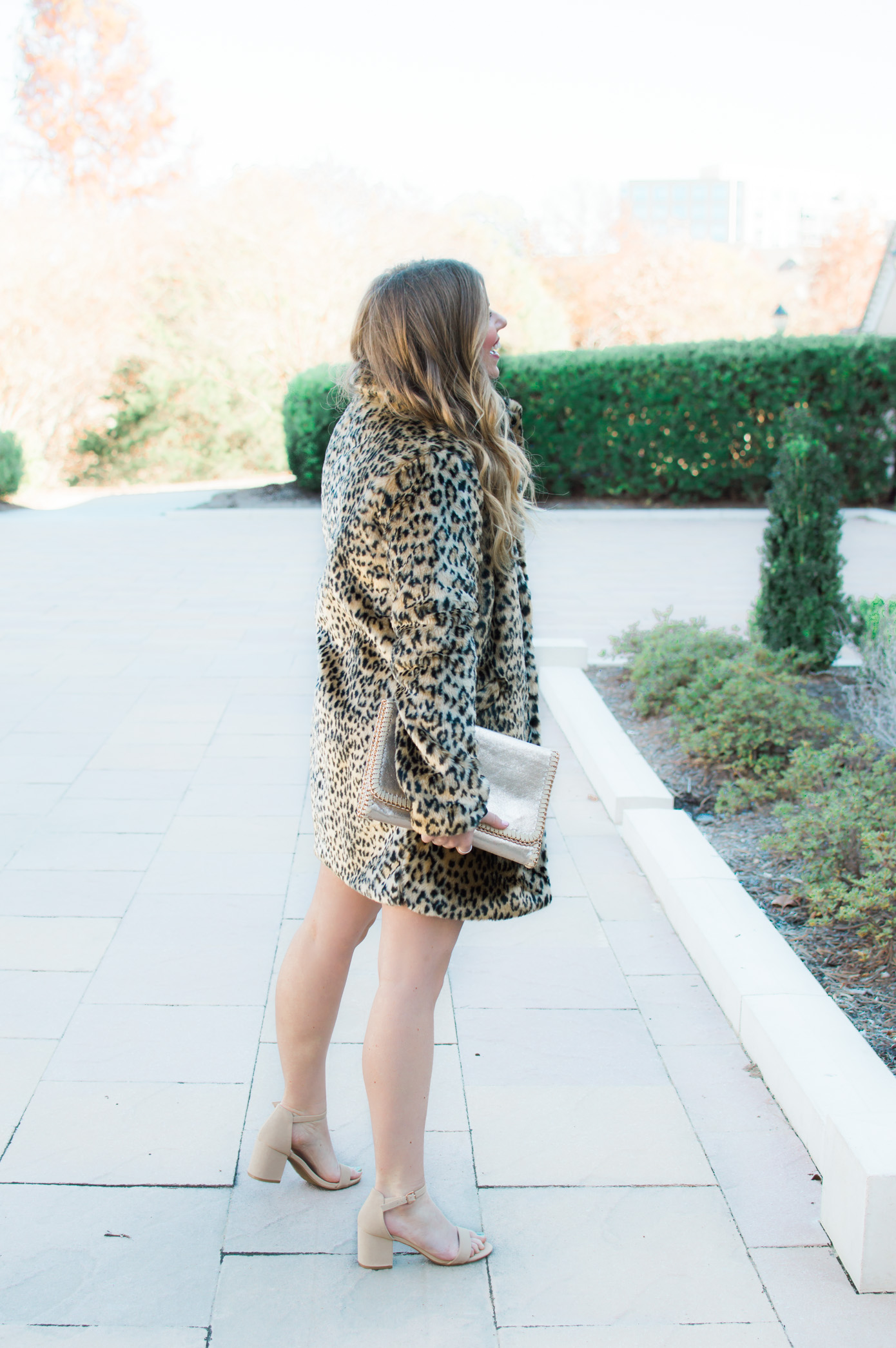 Versona Holiday | Leopard Coat under $40 | Louella Reese Life & Style Blog