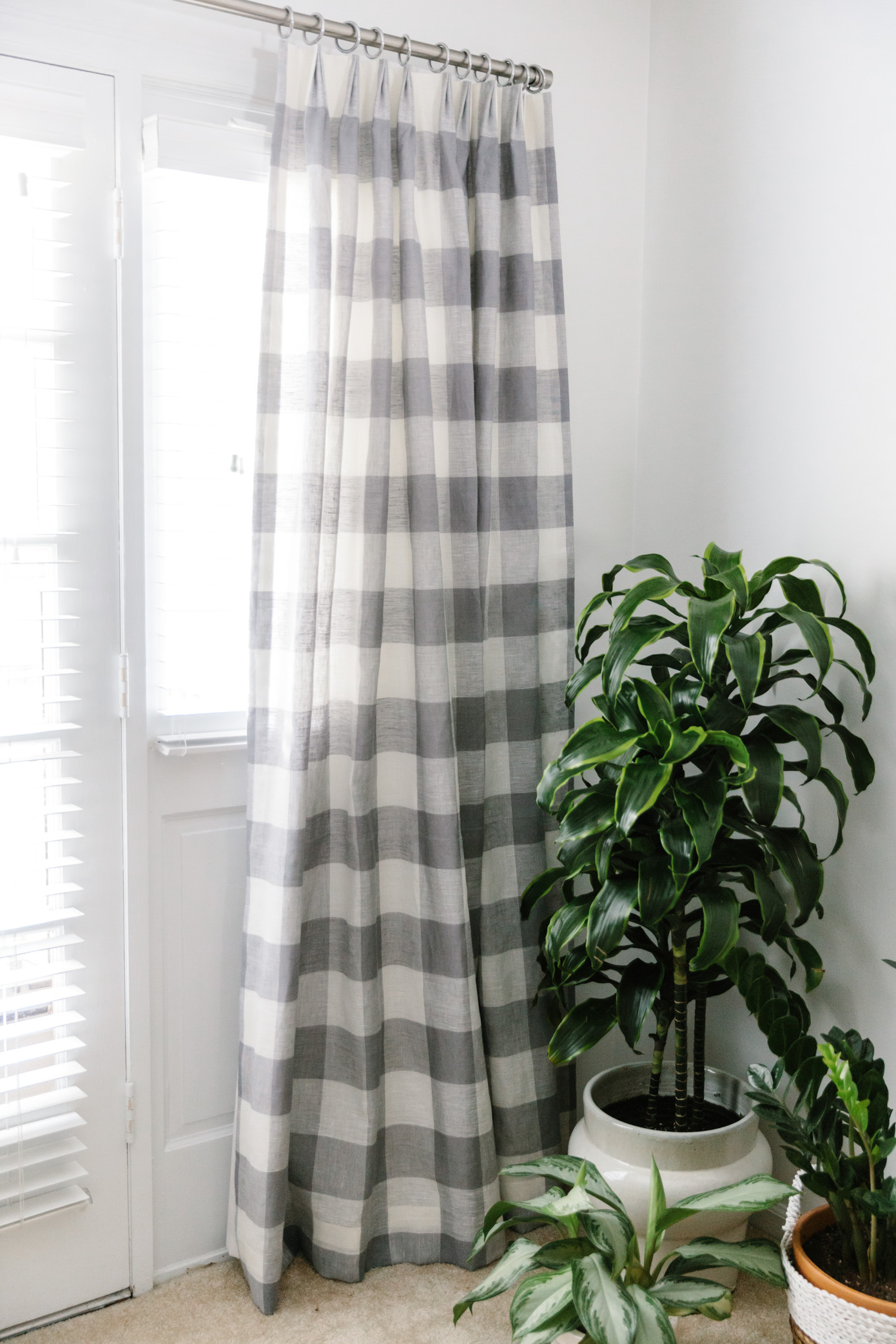 Statement Drapes | Gray and White Gingham Drapes | Louella Reese Life & Style Blog