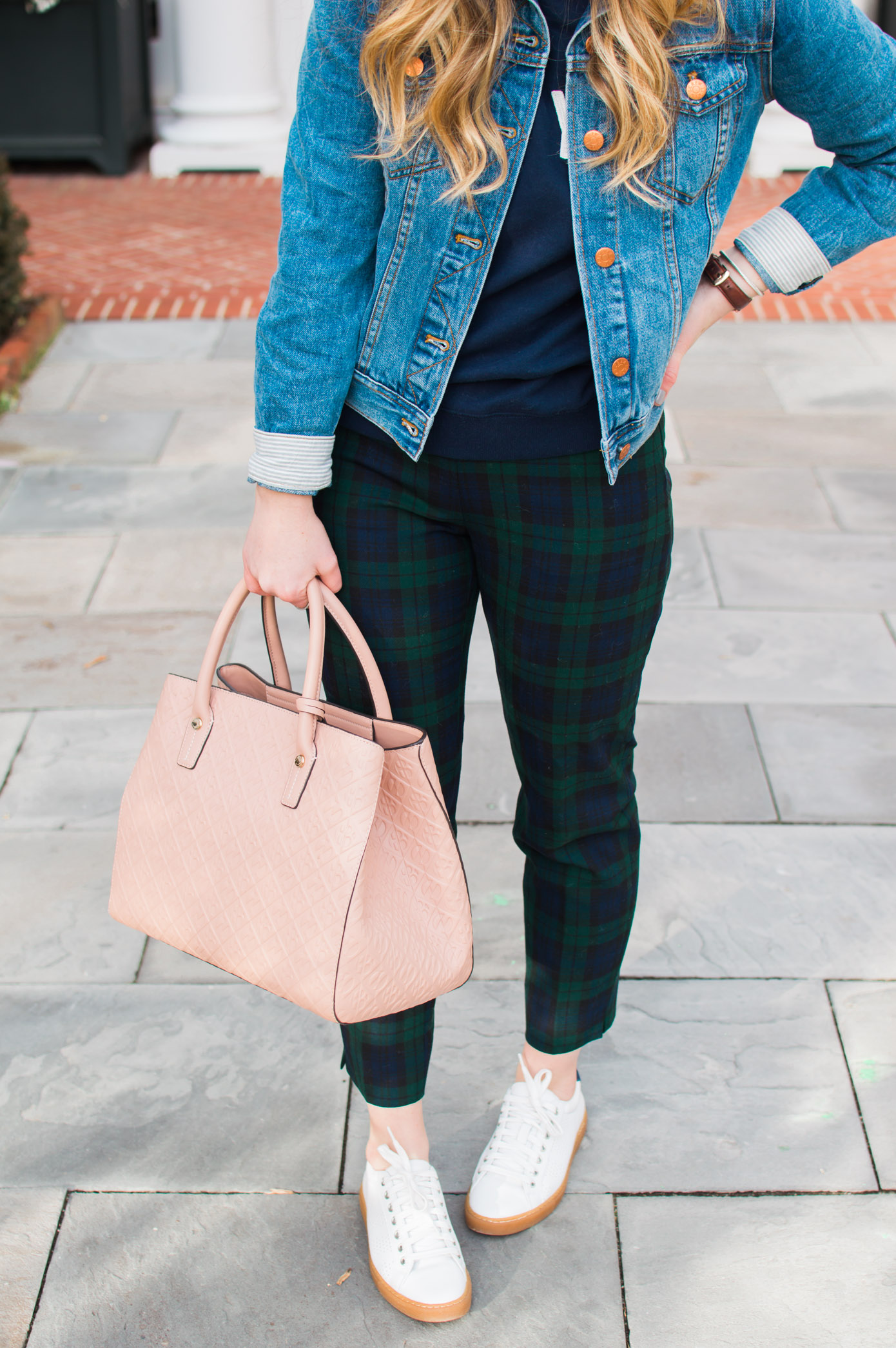 Casual Plaid Pants | How to Style Plaid Pants | Louella Reese Life & Style Blog