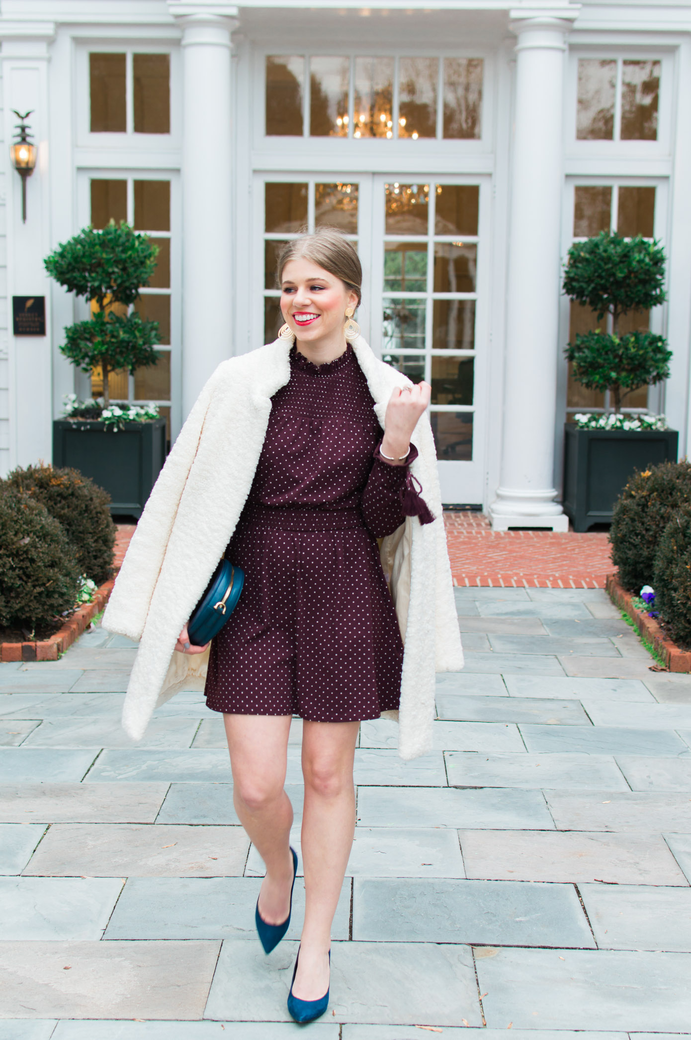Valentine's Day Date Outfit Idea | Chic Winter Date Night Look | Louella Reese Life & Style Blog