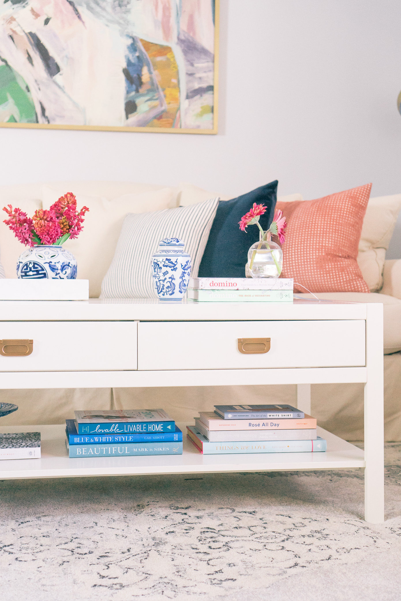 How to Style Your Coffee Table Books | Louella Reese Life & Style Blog