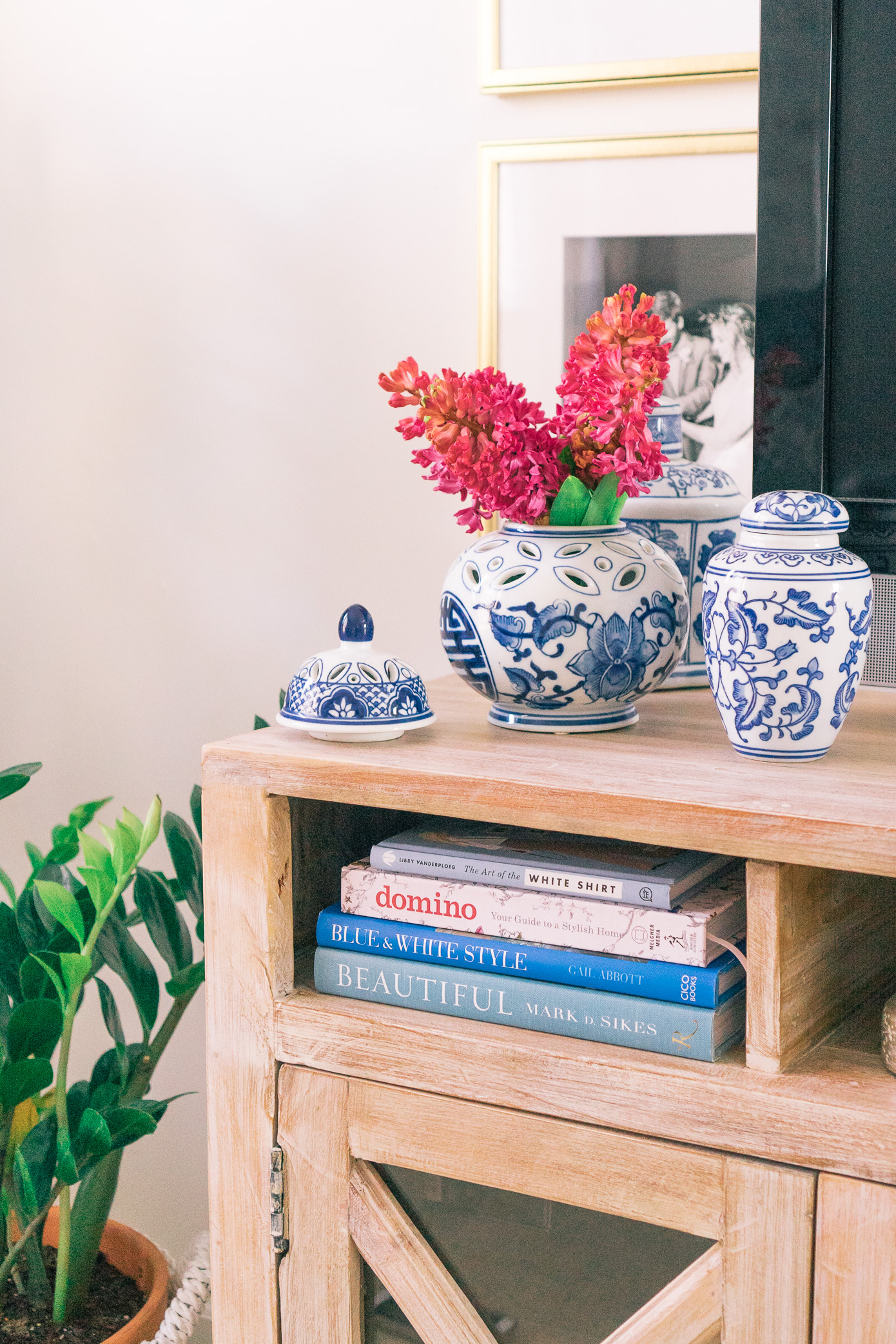 How To Style Your Coffee Table Books Louella Reese Life