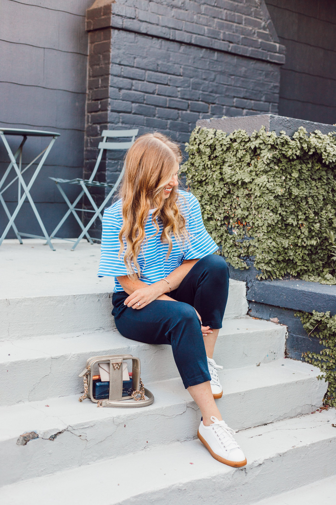 Navy Lightweight Joggers for Summer | How to Style Joggers for Summer featured on Louella Reese Life & Style Blog