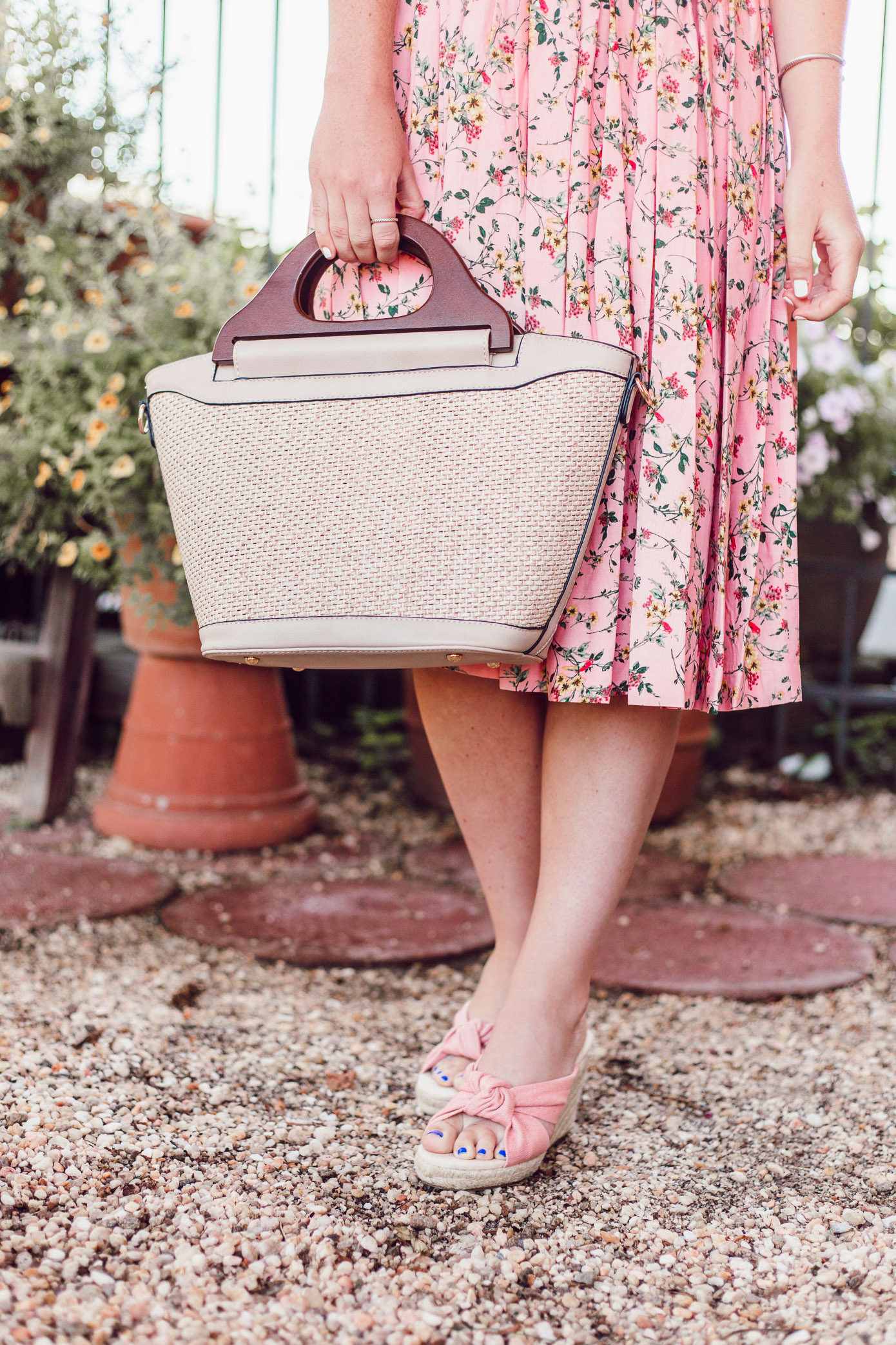 Raffia Wood Handle Handbag, Pink Floral Sundress, Summer Wedding Guest Dress styled on Louella Reese Life & Style Blog | Gal Meets Glam Collection Dress