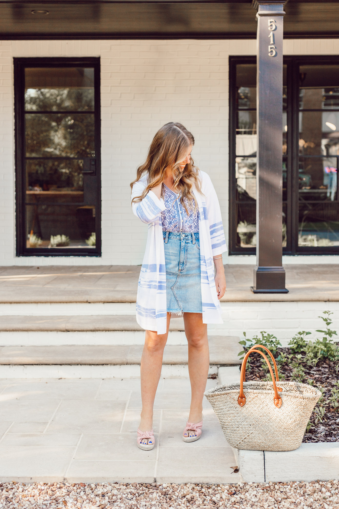How to Style a Lightweight Sweater Kimono for Summer styled on Louella Reese | Casual Summer Style, Light Wash Denim Skirt