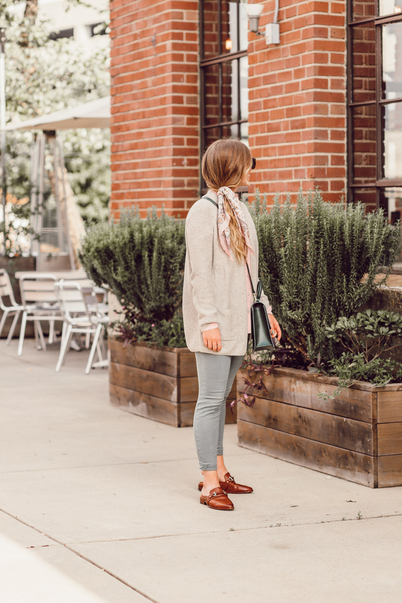 Feminine Fall Color Combo to Try featured on Louella Reese | Blush and Olive for Fall