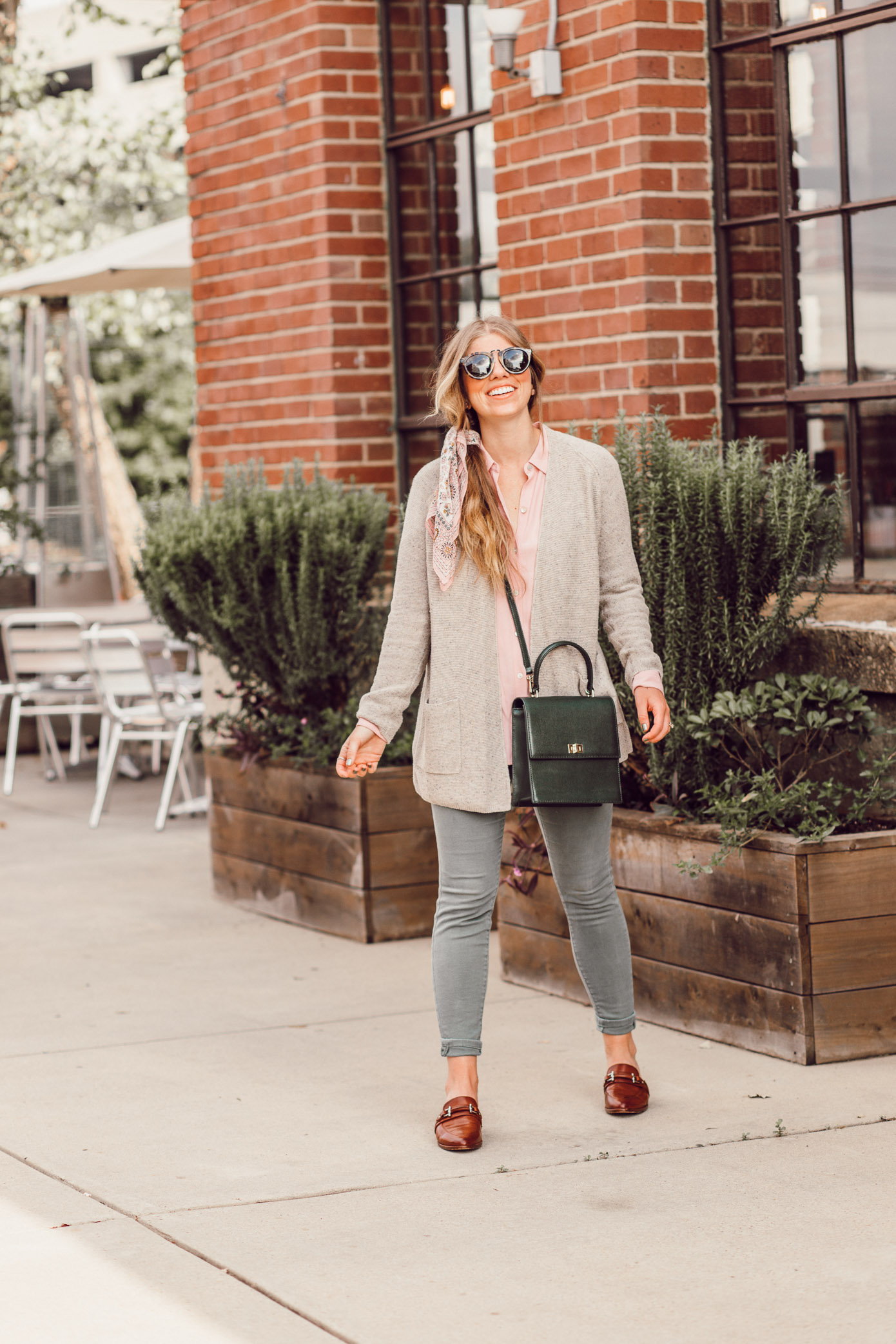 Feminine Fall Color Combo to Try featured on Louella Reese | How to Style Blush and Olive for Fall | Preppy Fall Outfit Idea