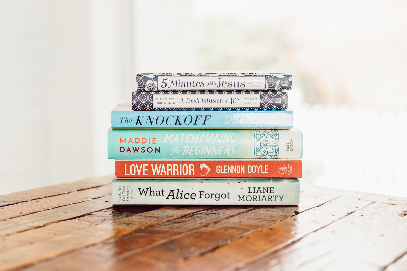 Louella Reese Summer Reading List | Light Summer Reads and 5-Minute Morning Devotionals