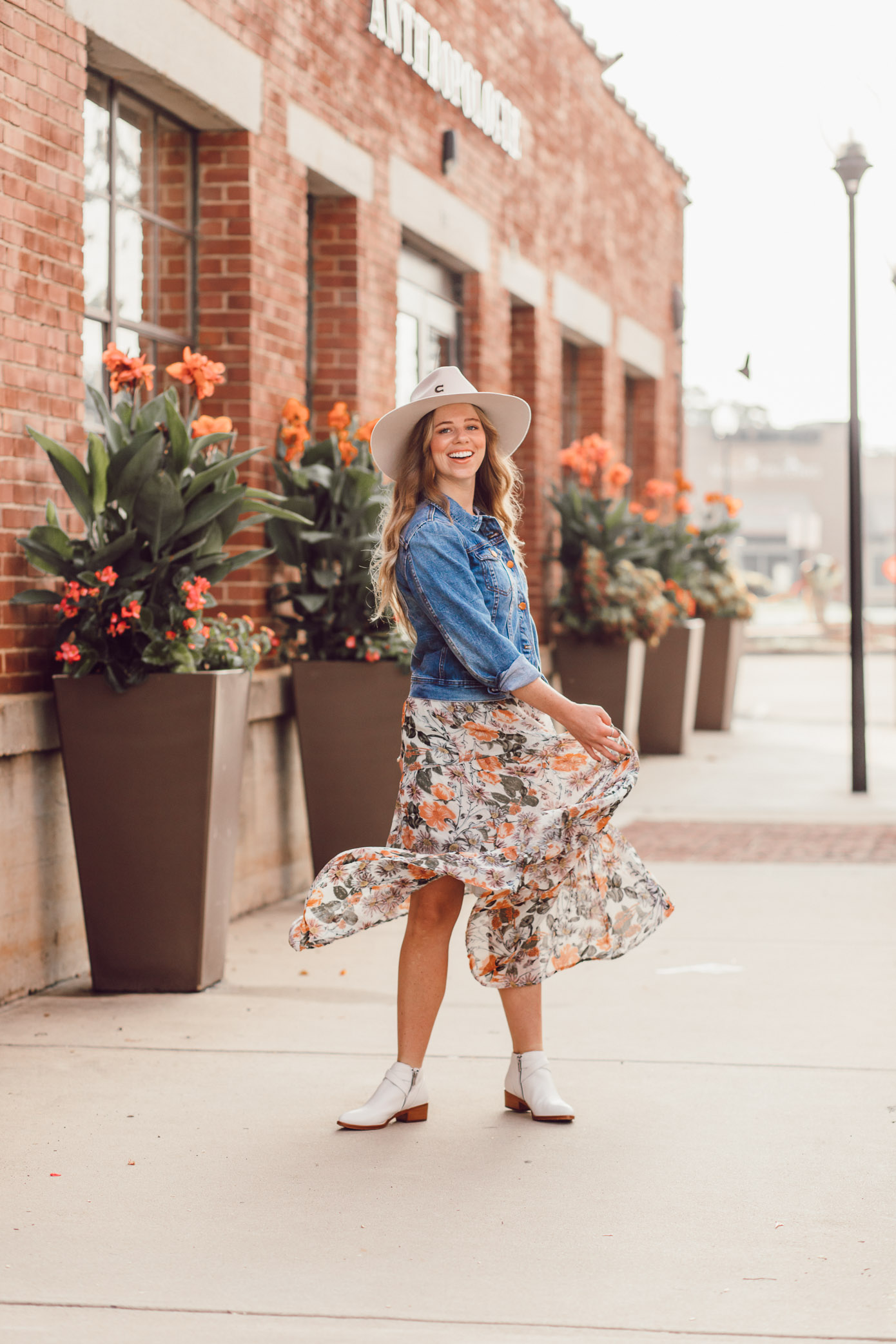 Felt Cowboy Hat, Fall Floral Midi Dress, Frye Ray Western Shootie Ankle Bootie | How to Style the Western Trend for Fall 2018 featured on Louella Reese