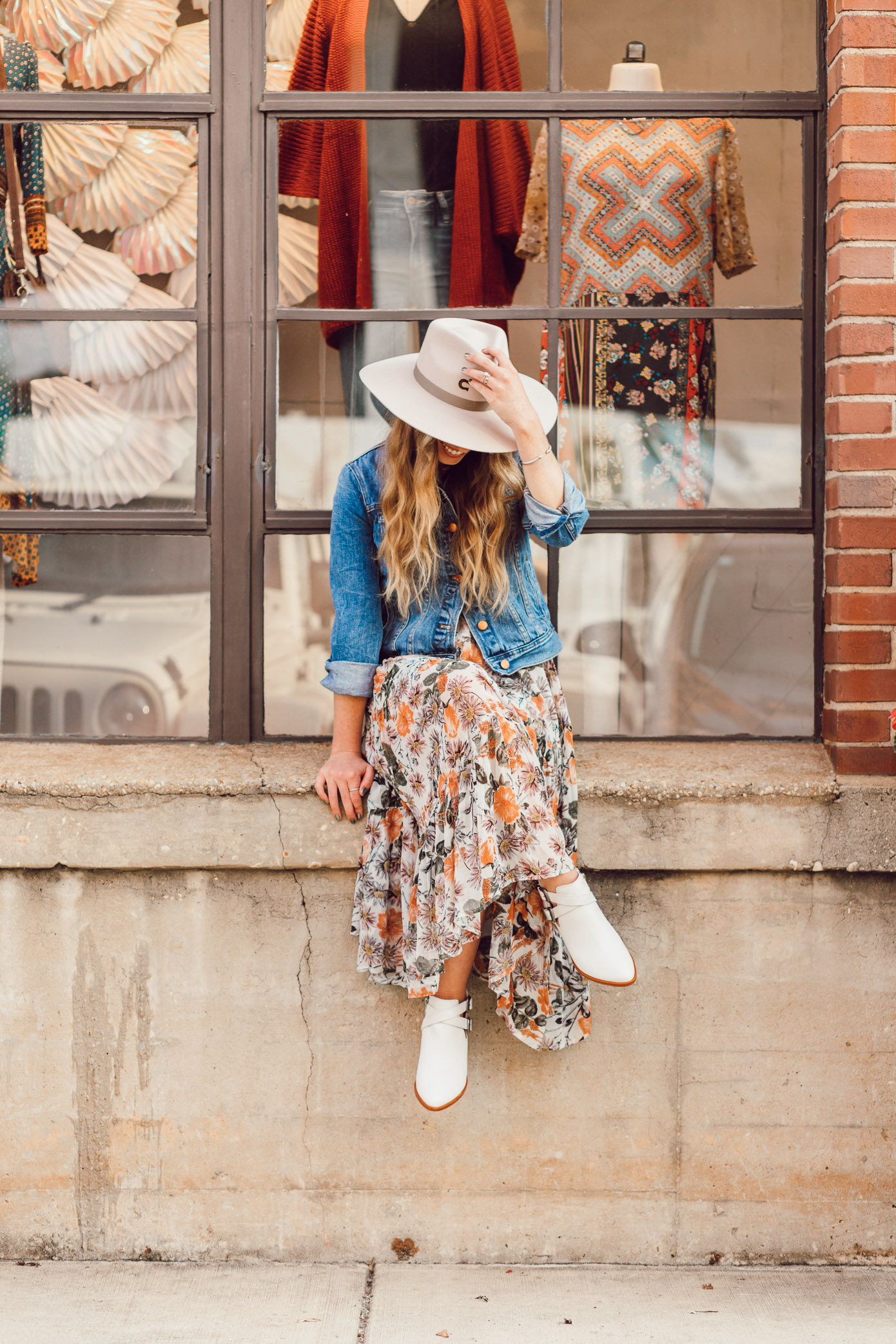 Felt Cowboy Hat, Fall Floral Midi Dress, Frye Ray Western Shootie Ankle Bootie | How to Style the Western Trend for Fall 2018 featured on Louella Reese Life & Style Blog