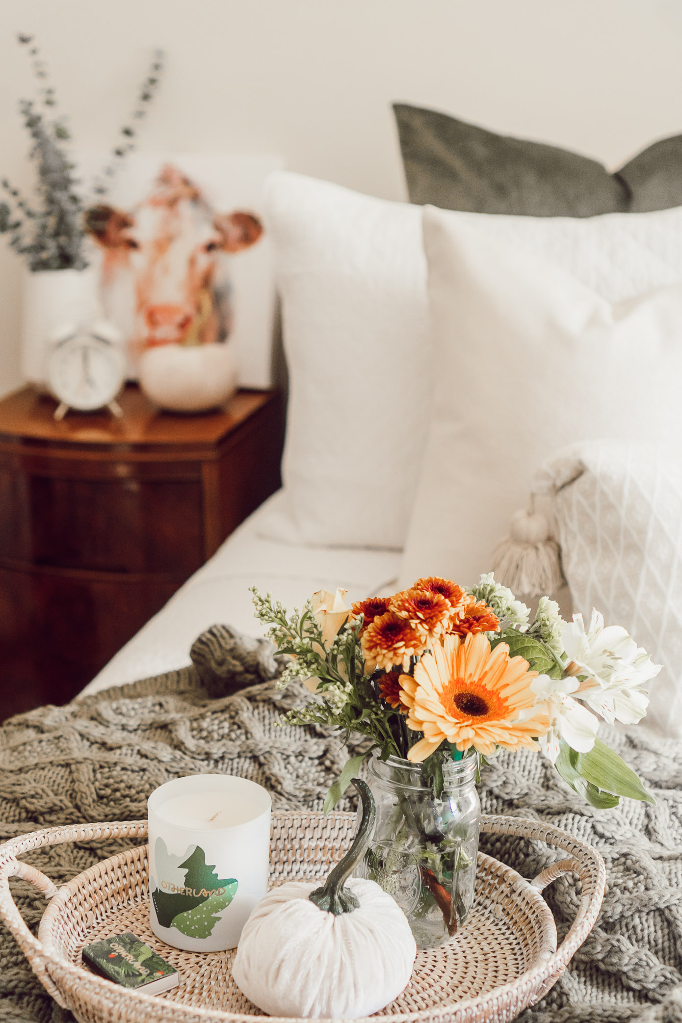 Neutral Fall Bedroom Decor | 4 Essentials For Making Your Bedroom Fall Ready - Louella Reese Blog