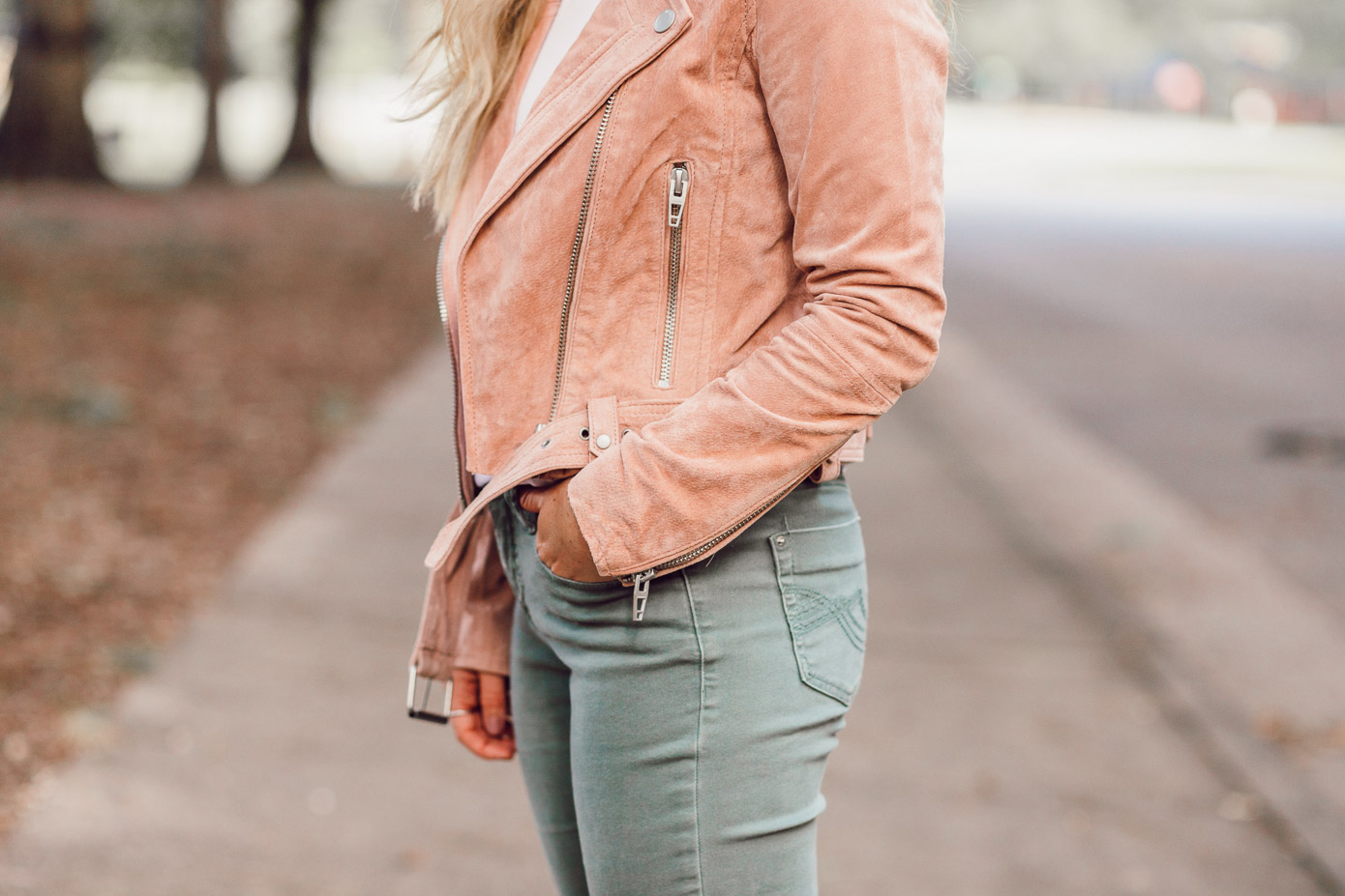 How to Style the BlankNYC Moto Jacket for Fall | Blush Moto Jacket for Fall 2018 featured on Louella Reese