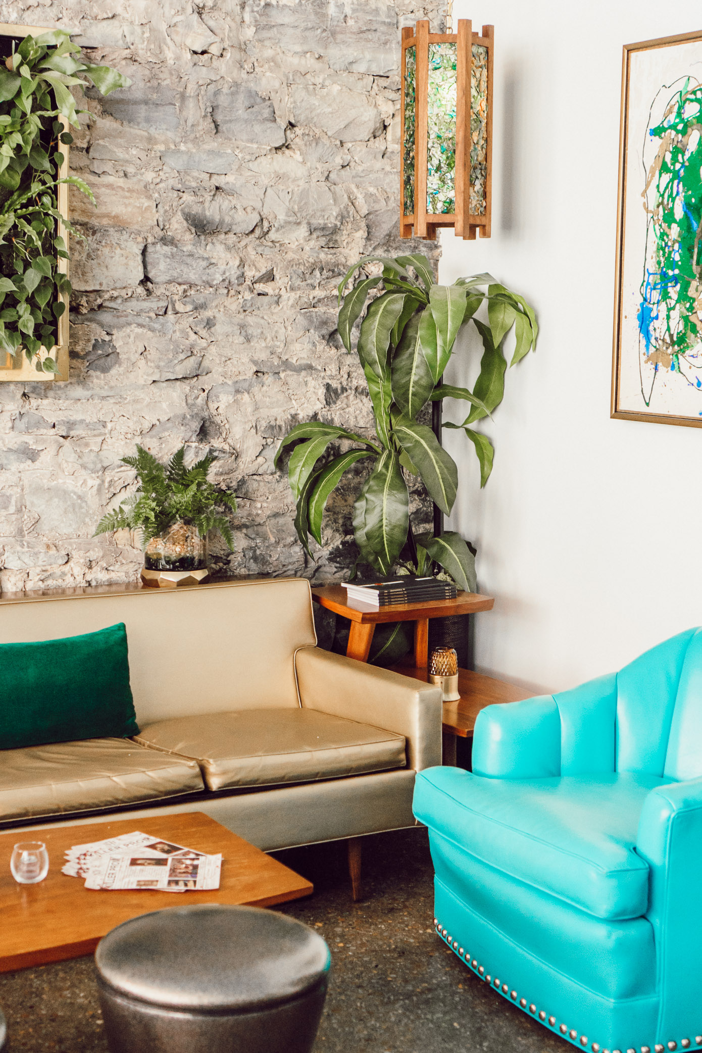 The Dwell Hotel, Boutique Hotels in Chattanooga Tennessee | Chattanooga Travel Guide Featured on Louella Reese Life & Style Blog