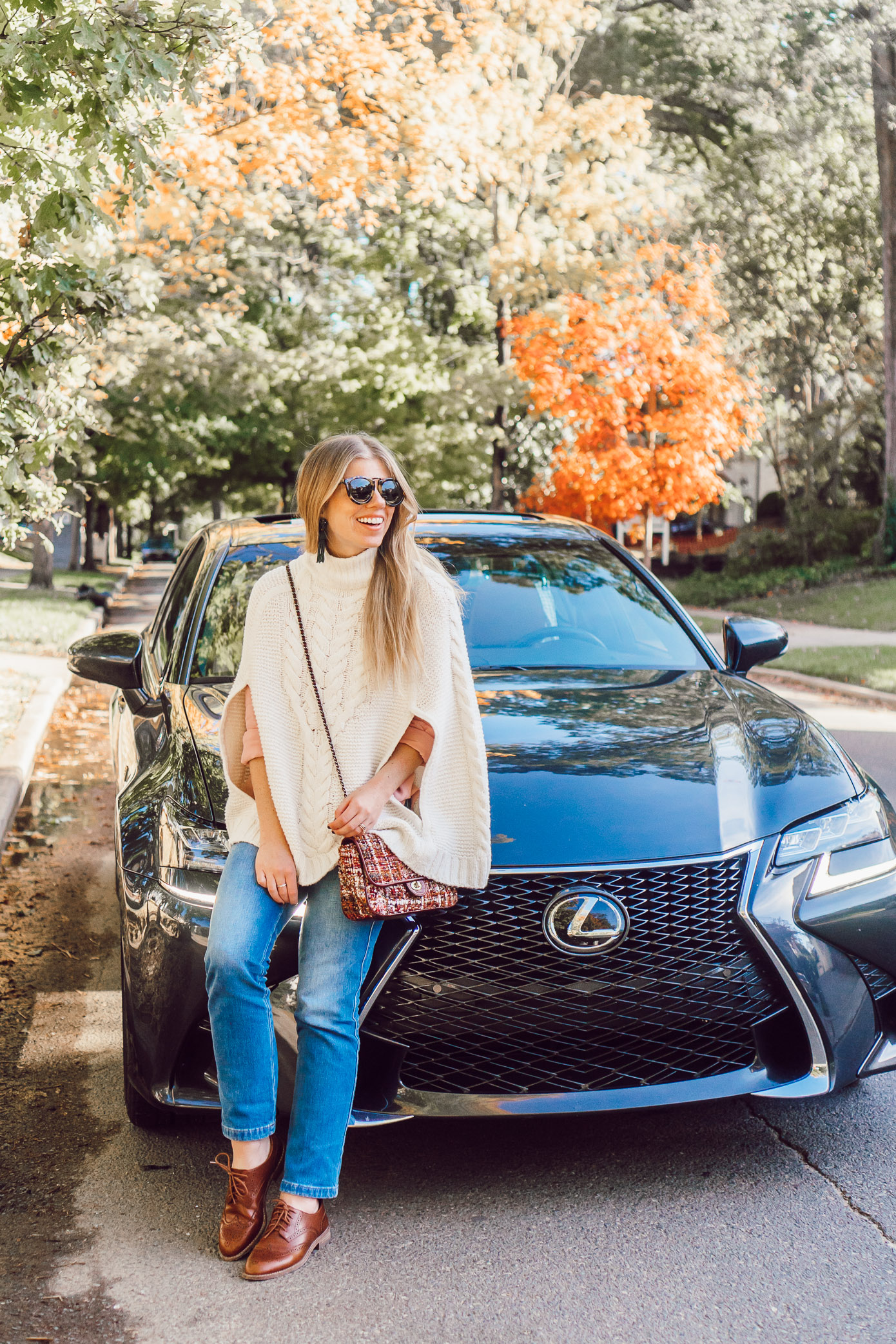 The Dwell Hotel Chattanooga Tennessee, Lexus GS350 | Chattanooga Travel Guide Featured on Louella Reese