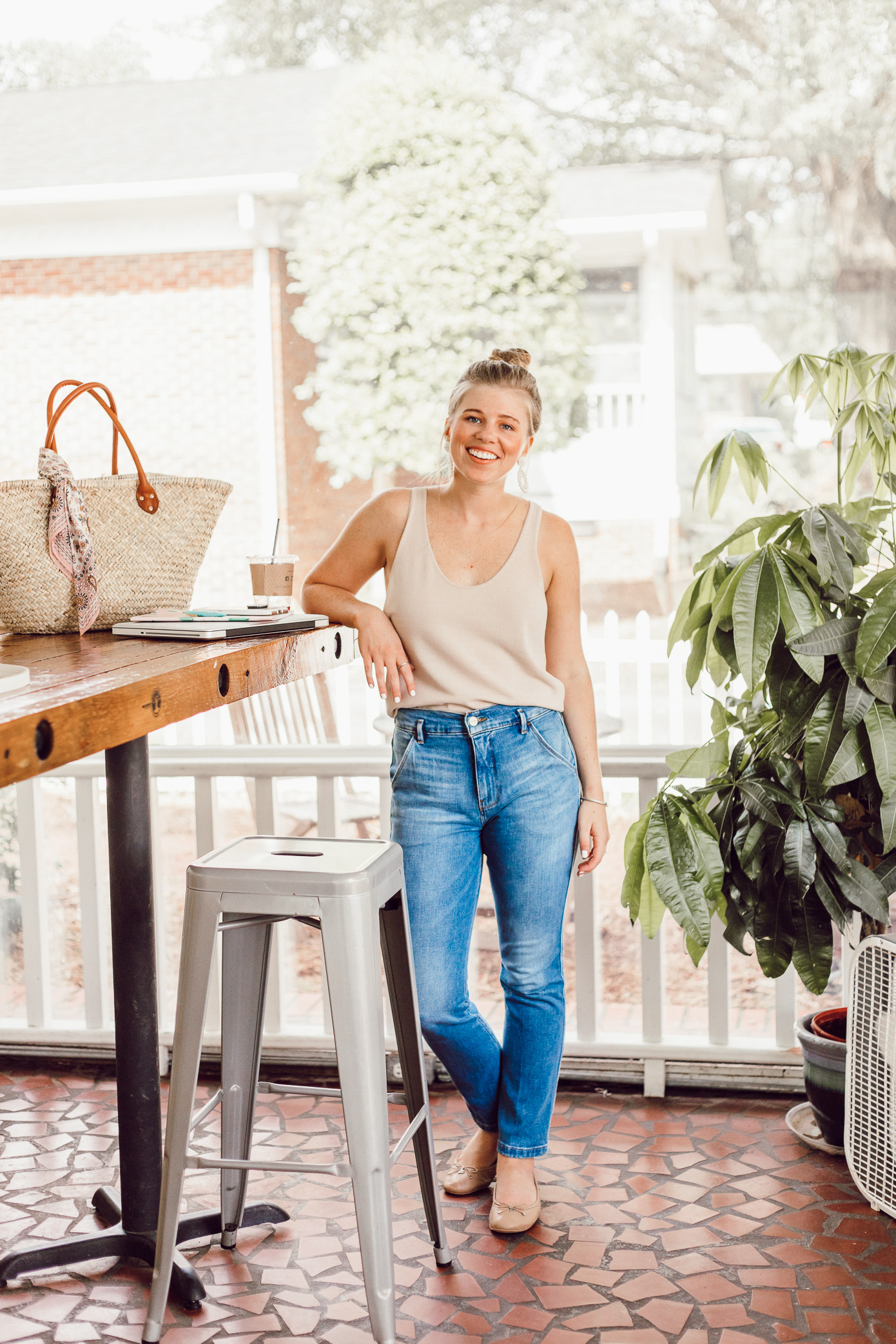 Louella Reese 2018 Year Review | Lightweight Summer Tank, Casual Summer Style