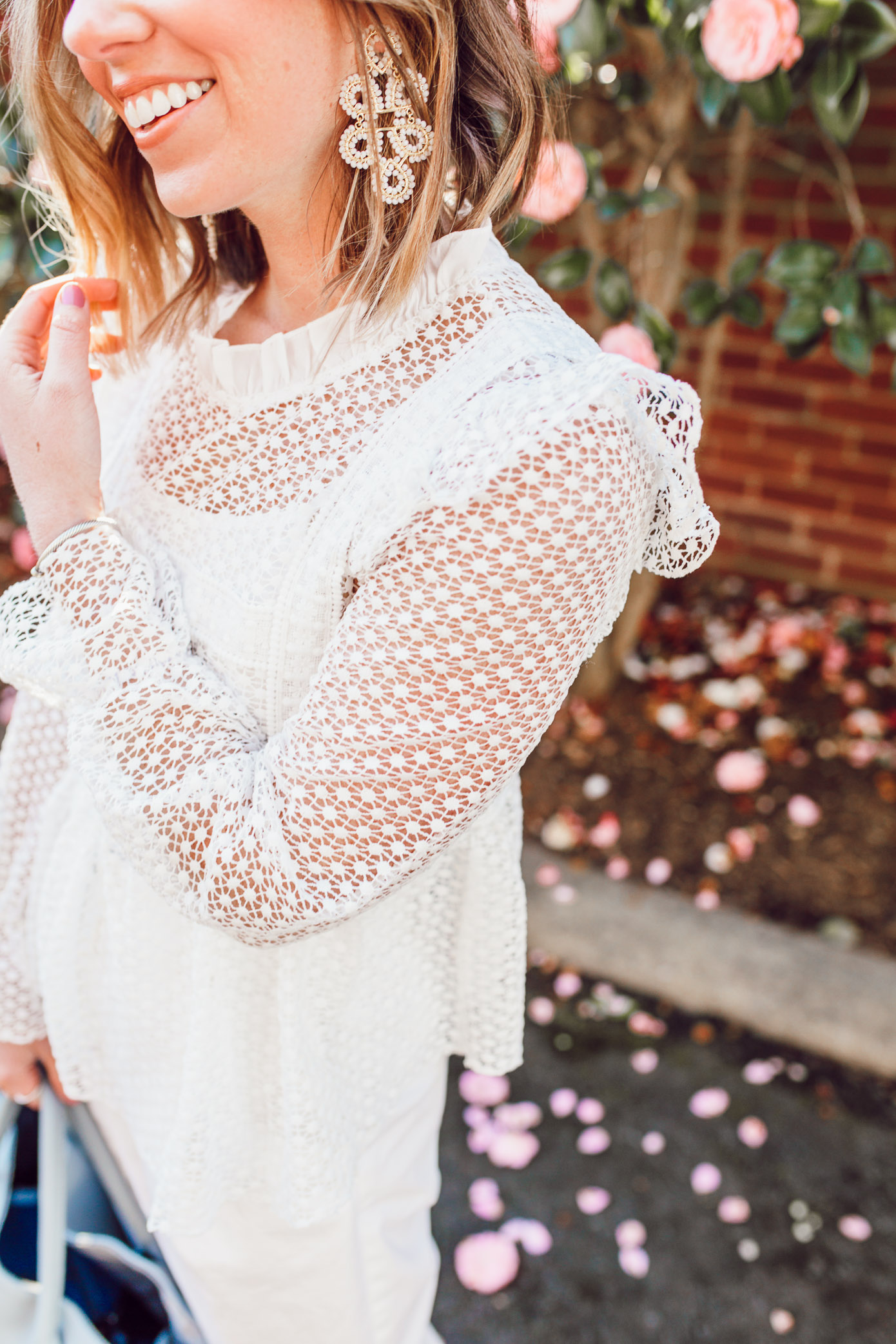 How to style a feminine white top for spring   Louella Reese   Ft. Chicwish, Everlane, Beck Bags