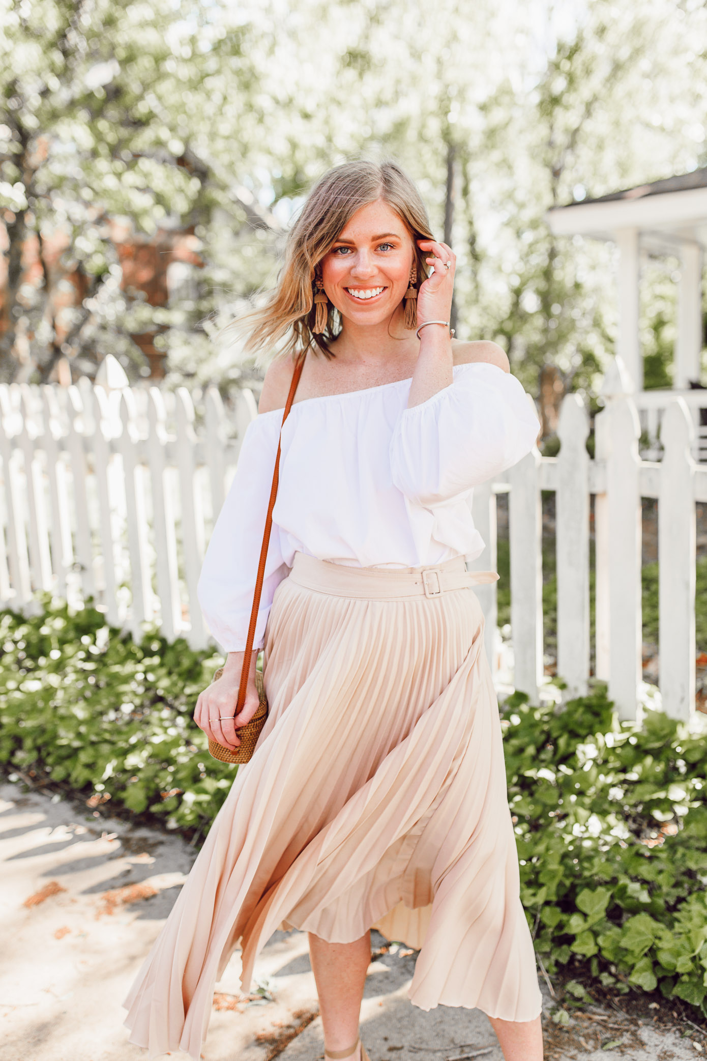 Tips for how to style and wear off the shoulder tops | ft. Chicwish, Lisi Lerch | Louella Reese