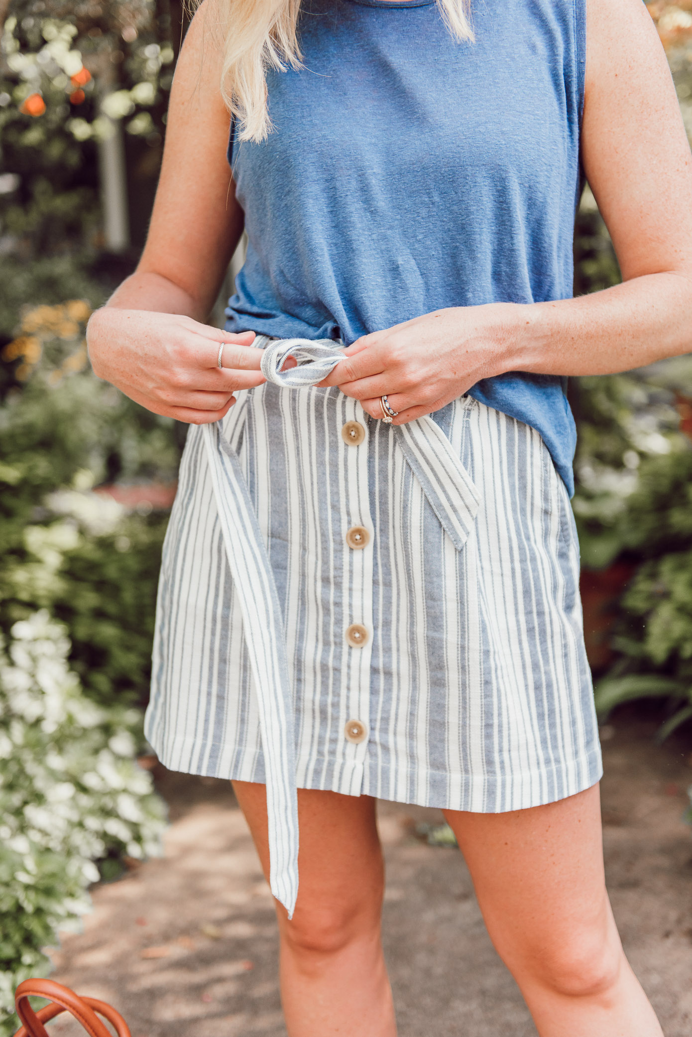 The perfect striped linen mini skirt for summer | ft. Everlane, Sanctuary, Soludos, & more | Louella Reese
