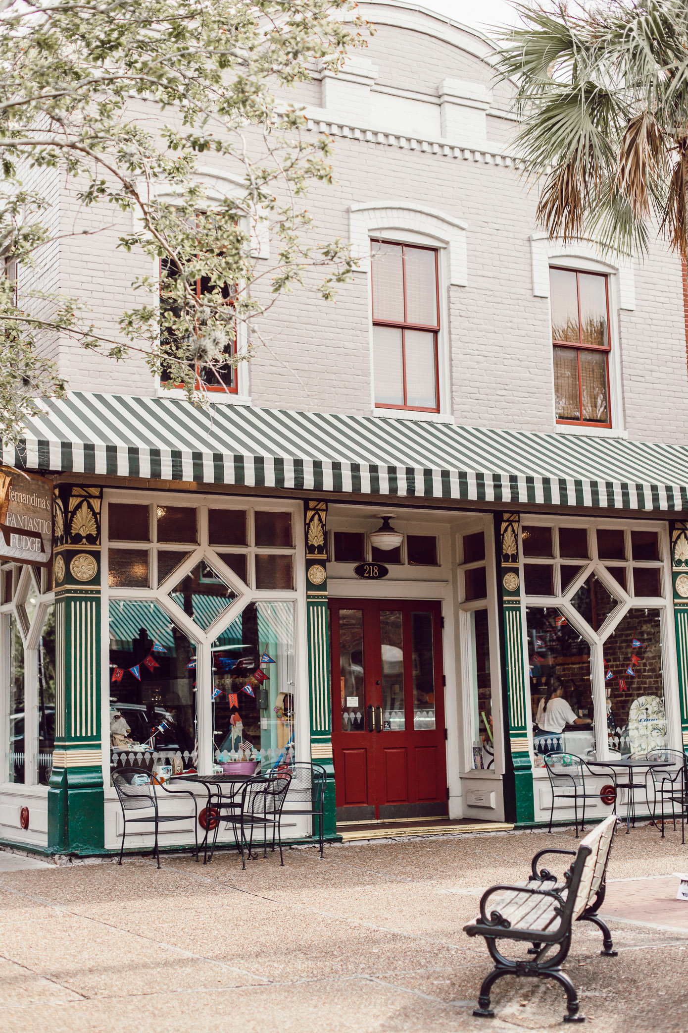 Explore Downtown Fernandina Beach | Louella Reese