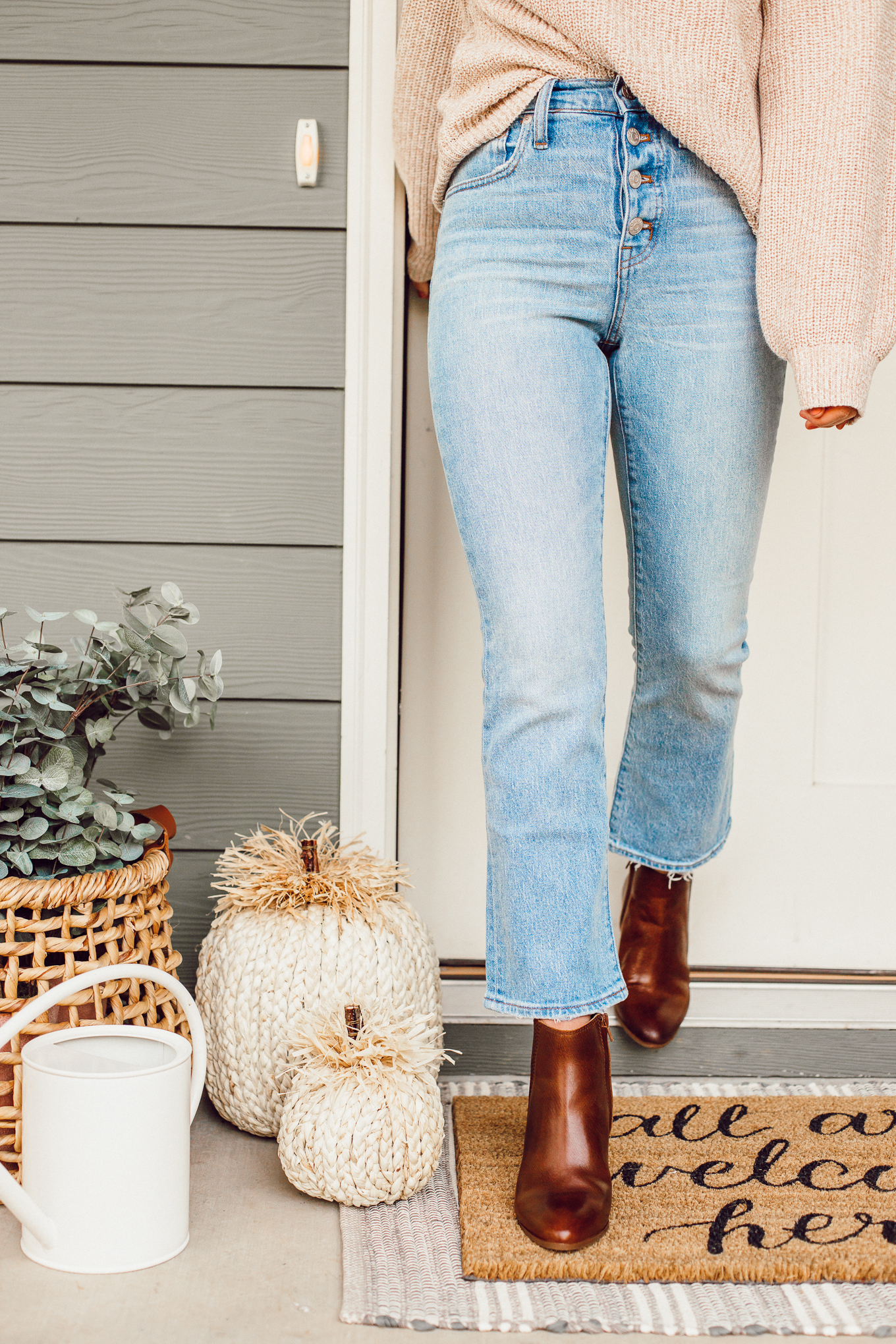 Louella Reese September 2019 Recap | Fall Front Porch Decor