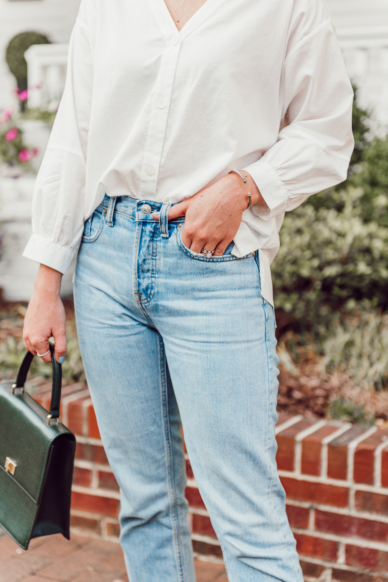 Classic Combo - White Top and Jeans | Fall Outfit Idea | Louella Reese
