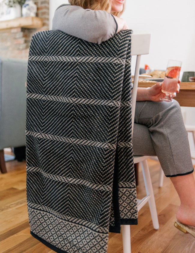 ChappyWrap Blanket Review | Louella Reese