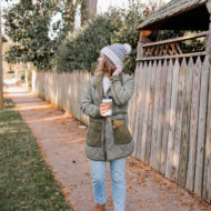 Laura Leigh Elliott of Louella Reese styles Ugg Neumel boots with a quilted field jacket | Warm, casual winter outfit